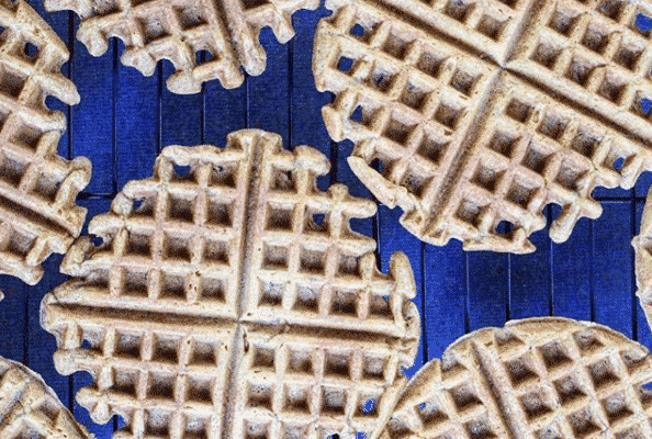 Whole-Grain Zucchini Oat Waffles